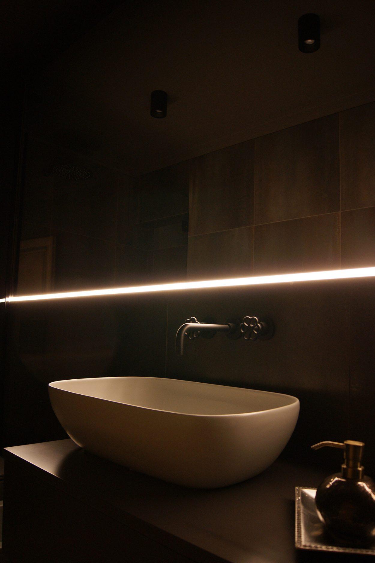 7-Ristrutturazione-Appartamento-Cesena-lussuoso-1250x1873.jpg